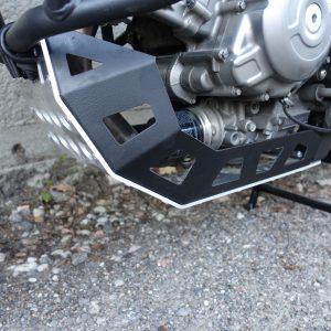Kryty pod motor